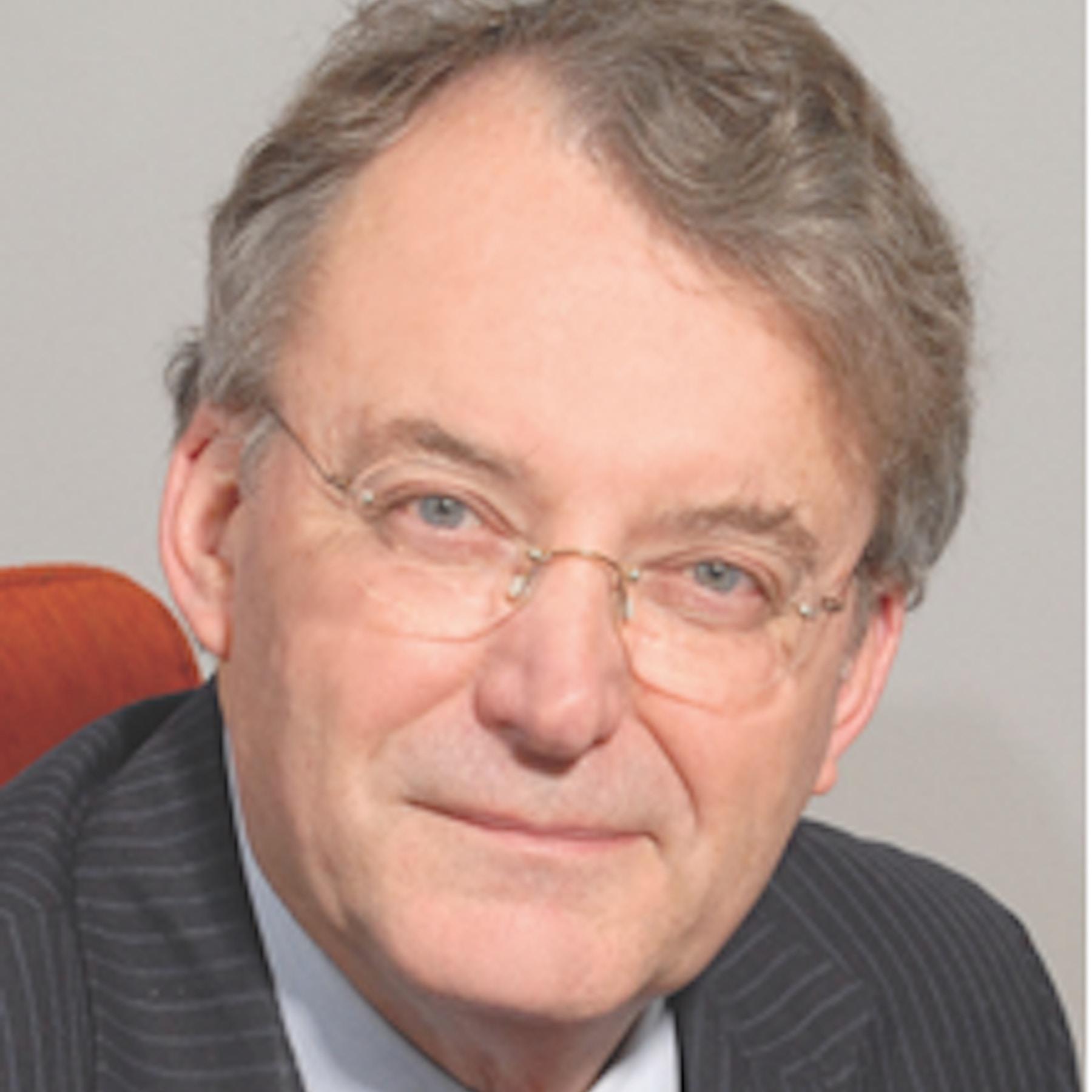 Prof-Robin-Crewe